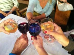 Wine with the DFP team after a long hard day of shopping during our #jinglehop event