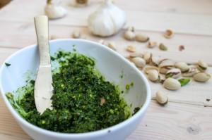 Pistachio-Kale-Pesto-Main-1000x666